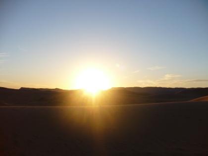 Laatste zonnestraal in de Marokkaanse woestijn
