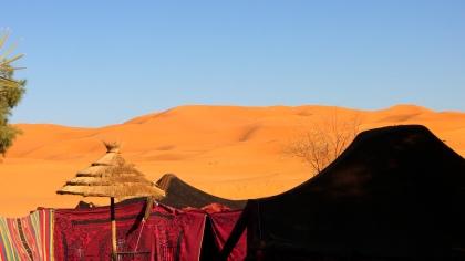 De heftige kleuren van Marokkaanse woestijn