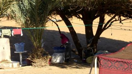 Schaduwwerk in de woestijn