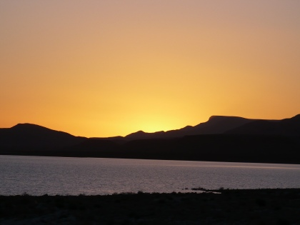 Zonsondergang nabij Er Rachidia, Marokko